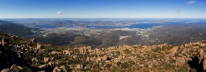 Hobart_from_Mount_Wellington_Panorama_1140